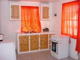 Image No.4-Maison de 4 chambres à vendre à Trouya Beach