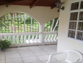 Image No.2-Maison de 5 chambres à vendre à Gros Islet