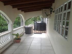 Image No.4-Maison de 5 chambres à vendre à Gros Islet