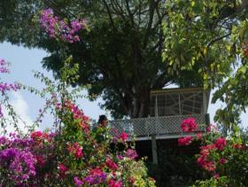 Image No.2-Maison de 2 chambres à vendre à Gros Islet