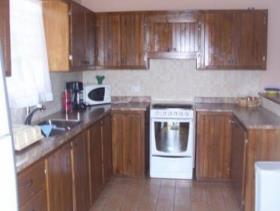 Image No.2-Villa de 4 chambres à vendre à Rodney Heights