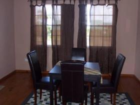 Image No.4-Villa de 4 chambres à vendre à Rodney Heights
