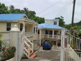 Monchy, House