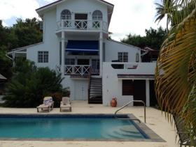 Image No.0-Maison / Villa de 5 chambres à vendre à Marisule
