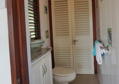St-Lucia-Homes---Villa-Cadasse---bathroom-2