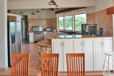 St-Lucia-Homes---Villa-Cadasse---kitchen
