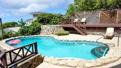 St-Lucia-Homes---Villa-Cadasse---living---pool