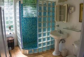 Image No.10-Maison / Villa de 5 chambres à vendre à Marigot Bay