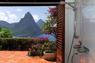 Master-bath-shower---view