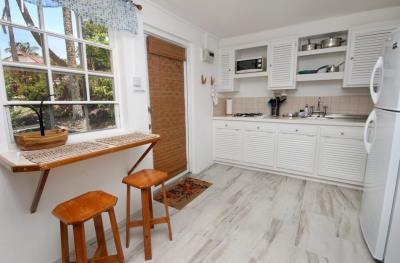 MRG-029---villa-st-lucia-kitchen-private-marigot-bay-952x626