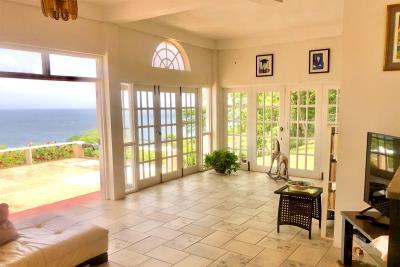 St-Lucia-Homes-CAP120---Living