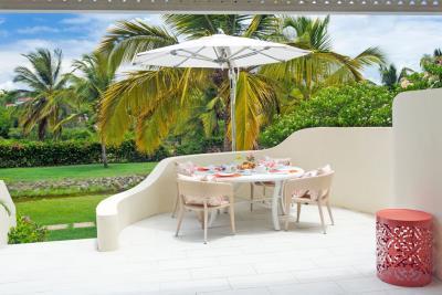 St-Lucia-Homes---CAP131---Villa-Cyrus--balcony-1