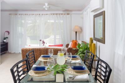 St-Lucia-Homes---CAP131---Villa-Cyrus---Balcony-diningroom