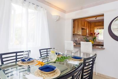 St-Lucia-Homes---CAP131---Villa-Cyrus---Balcony-Dining