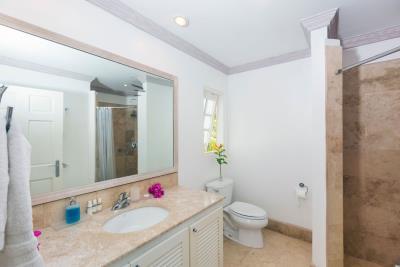 St-Lucia-Homes---CAP131---Villa-Cyrus--Bathroom