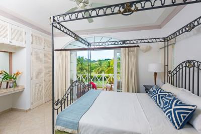 St-Lucia-Homes---CAP131---Villa-Cyrus--Bedroom