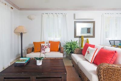 St-Lucia-Homes---CAP131---Villa-Cyrus---Livingroom