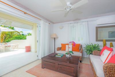 St-Lucia-Homes---CAP131---Villa-Cyrus---Livingroom-balcony