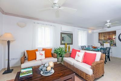 St-Lucia-Homes---CAP131---Villa-Cyrus---Livingroom-balcony-dining
