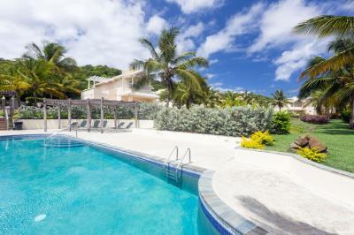 St-Lucia-Homes---CAP131---Villa-Cyrus---Pool
