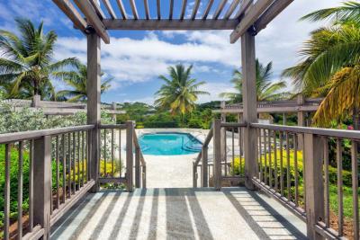 St-Lucia-Homes---CAP131---Villa-Cyrus--pool