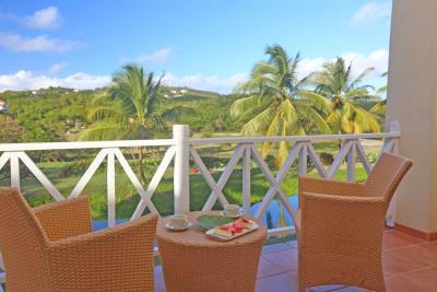 St-Lucia-Homes---CAP131---Villa-Soraya---Balcony-2