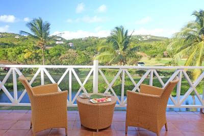 St-Lucia-Homes---CAP131---Villa-Soraya---Balcony