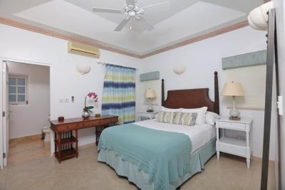 St-Lucia-Homes---CAP131---Villa-Soraya---Bedroom