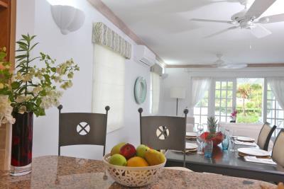 St-Lucia-Homes---CAP131---Villa-Soraya---counter-table
