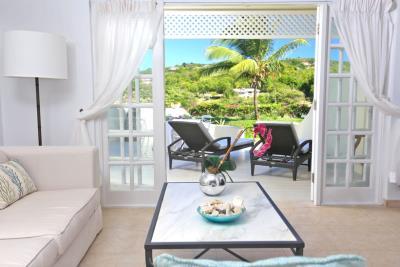 St-Lucia-Homes---CAP131---Villa-Soraya---Living-balcony