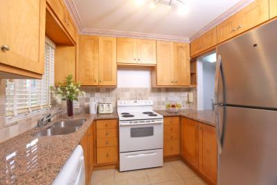 St-Lucia-Homes---CAP131---Villa-Soraya--kitchen