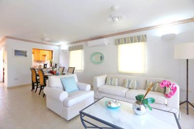 St-Lucia-Homes---CAP131---Villa-Soraya---Living-dining