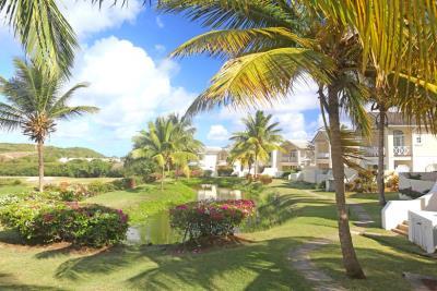 St-Lucia-Homes---CAP131---Villa-Soraya---Pond
