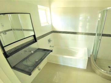 St-Lucia-Homes---MON038---Ocean-Breeze-Villa---Bathroom