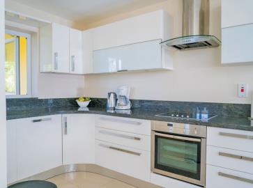 St-Lucia-Homes---CAP128---Allamanda---Kitchen-1