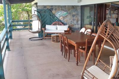St-Lucia-Homes-Summerbreeze-Balcony-2-850x570