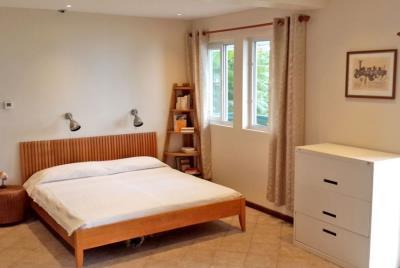 St-Lucia-Homes-Summerbreeze-Bedroom-850x570