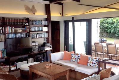 St-Lucia-Homes-Summerbreeze-Livingroom-2