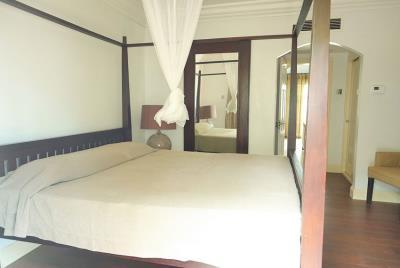 St-Lucia--Homes---Villa-Valarie---Main-Bedroom-2