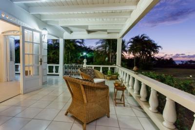 11-Front-terrace-Plantation-House-