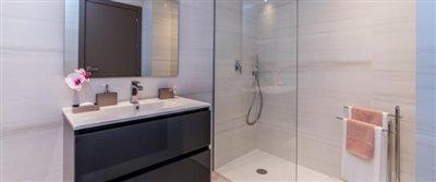B10-GrandView-bathroom-July2019