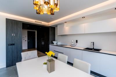 B5-Caprice-Benahavis-kitchen-Mar2020