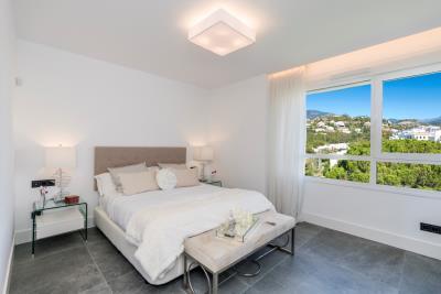 B6-Caprice-Benahavis-bedroom-Mar2020