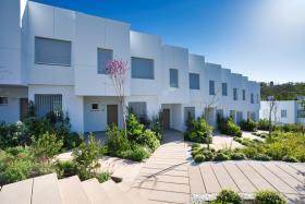 Image No.3-Maison de ville de 3 chambres à vendre à Estepona