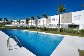 Image No.1-Maison de ville de 3 chambres à vendre à Estepona