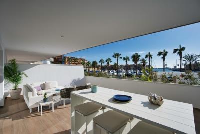 B2_1_Pier_apartments_Sotogrande_Terrace_Mz-2020