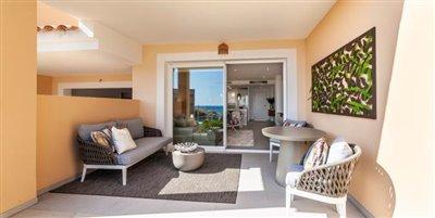 A10-Blue-Cove--Cala-Lliteras-terrace-Aug19