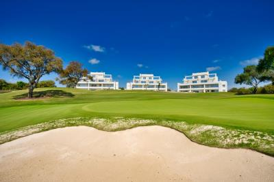 A2-1-Emerald-Greens-apartments-San-Roque-Panoramica_May-2021