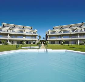 A2_Sun_Valley_portada_Cala-Resort_pool_Oct-2020