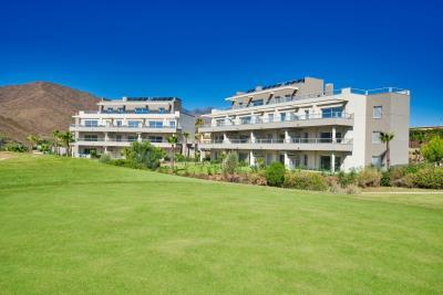 A1_Sun_Valley_apartments_Cala-Resort_exterior_Oct-2020
